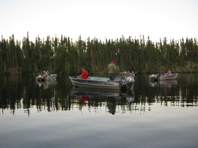 Why Are Canadian Fishing Lodges So Popular with Americans?